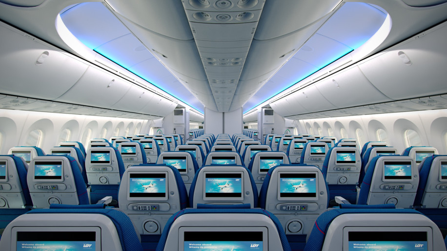 LOT Polish Economy Class Dreamliner 3