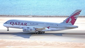 Qatar Airways' Airbus A380-800 (916x621)