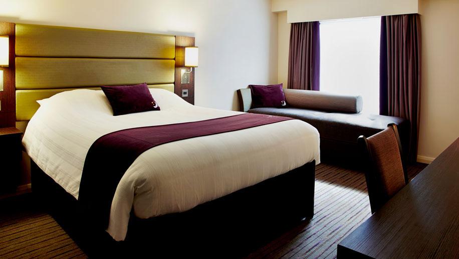 Premier Inn room