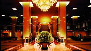 Imperial Hotel Tokyo - entrance lobby