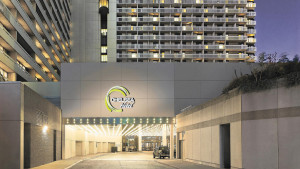 chelsea hotel, toronto exterior