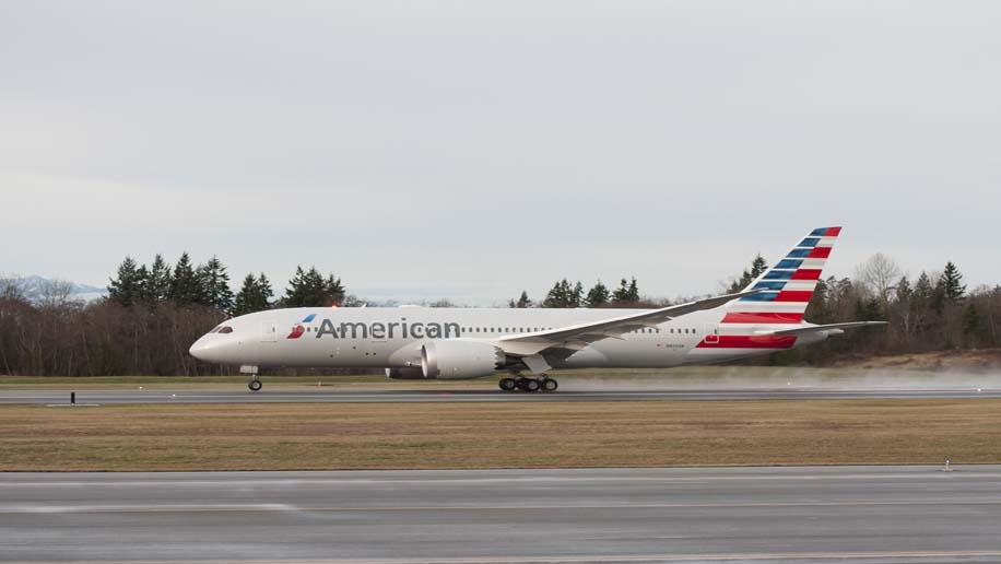 American Airlines Taps B E Aerospace To Design Cabin
