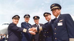 Star Alliance pilots in 1997 - Thai Airways, United, Lufthansa, Air Canada and Scandinavian Airlines
