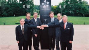 Star Alliance airline CEOs in 1997 - Thai Airways, United, Lufthansa, Air Canada and Scandinavian Airlines