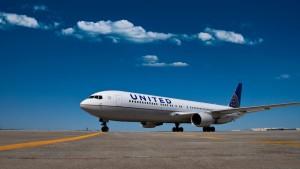 United outlines international flying schedule for April