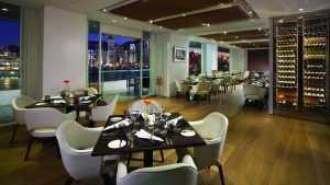 Gateway Apartments Hong Kong - Pacific Club Pier 6 restaurant