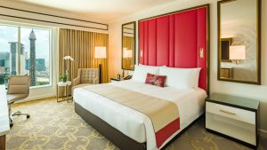 The Parisian Macao Deluxe Room King - with Eiffel Tower View
