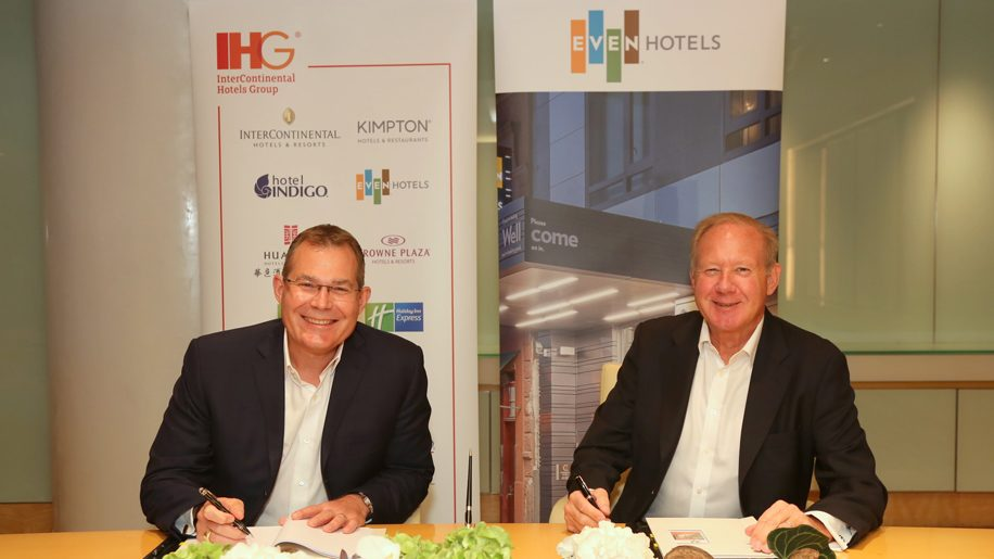 EVEN Hotels signing ceremony