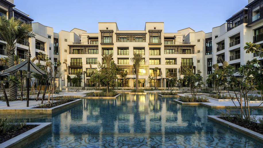 New jumeirah hotel for dubai s largest resort business for The largest hotel in dubai