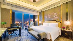 Grand Deluxe Bund View Bedroom