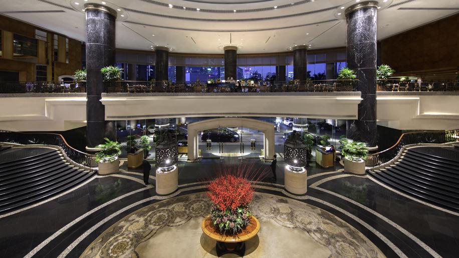 Hotel check grand hyatt hong kong business traveller for Hotel luxury hong kong