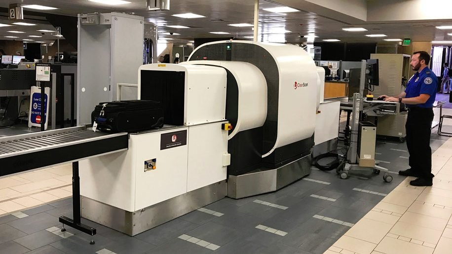 CT luggage scanner