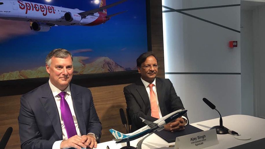 SpiceJet and Boeing sign a deal for 40 737 MAX airplanes