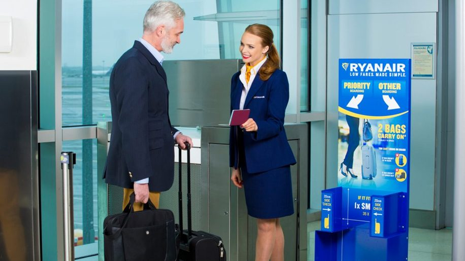 Ryanair Delays Introduction Of New Baggage Policy