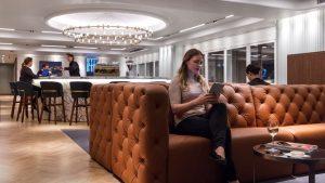 Qantas Heathrow 11.-Seating
