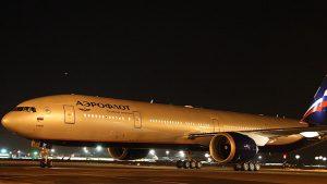 Aeroflot B773-night