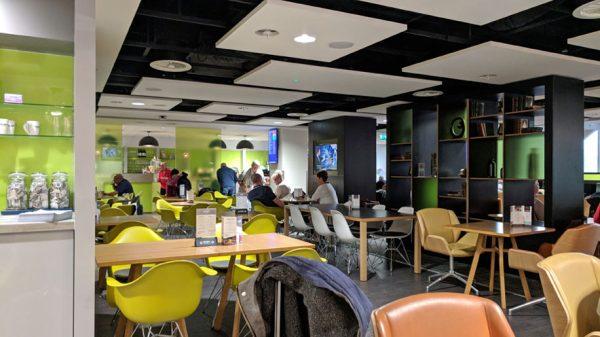 Escape Lounge Dining-area