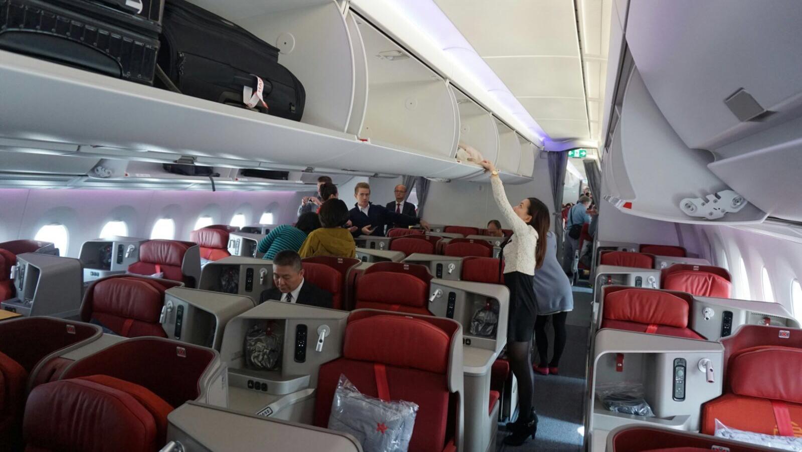 hong kong airlines review bruin blog. Black Bedroom Furniture Sets. Home Design Ideas