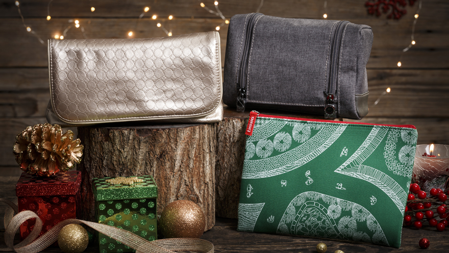 Emirates Christmas amenity kits