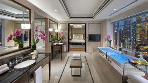 MO KL Presidential Suite - Bathroom