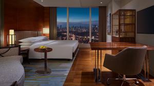 Grand Hyatt Manila - credit: Hyatt Hotels Corporation