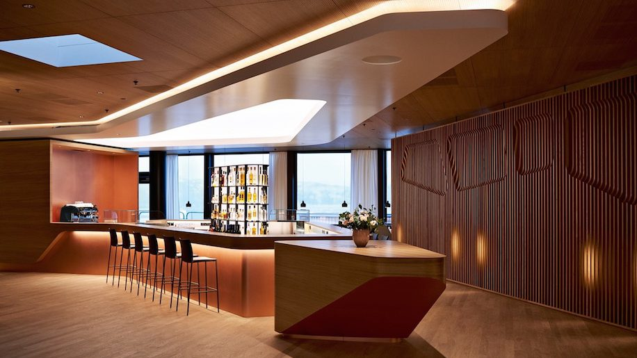 Swiss Opens First Class Lounge At Zurich Airport