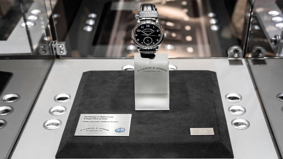 "A.Lange & Söhne's 1815 ""Homage to Walter Lange"" piece auctioned"