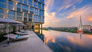 Pan Pacific Yangon - Infinity swimming pool