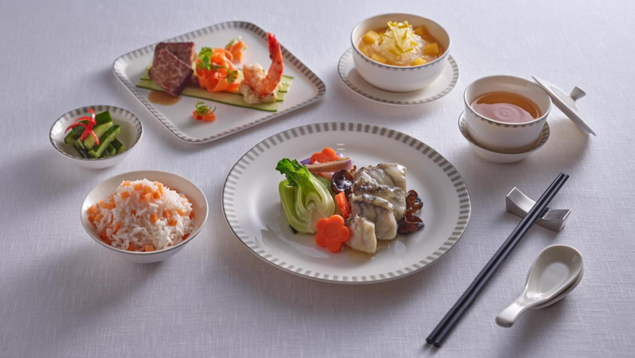 Singapore Airlines' new Shi Quan Wei Mei dining concept