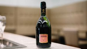 BA champagne 2 e1533123292875 300x169 - British Airways adds new champagnes in Club World and First