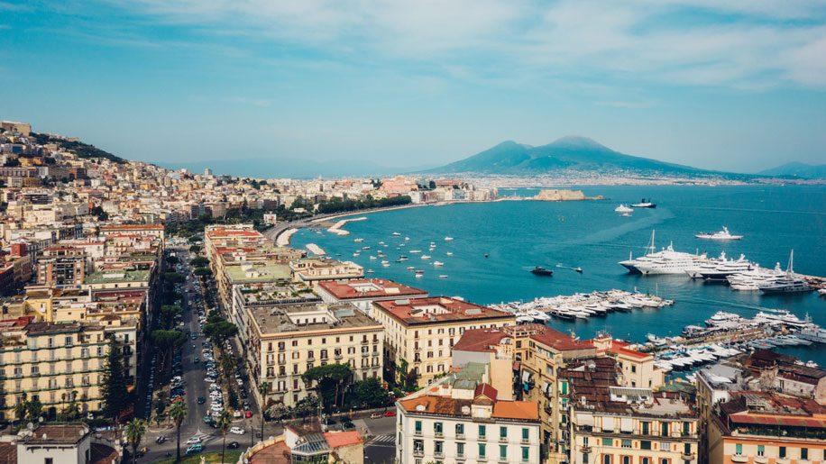 Naples (iStock)
