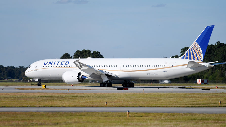 United Receives Its First Boeing 787 10 Dreamliner With