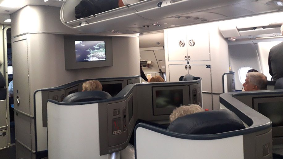 Delta-One-cabin