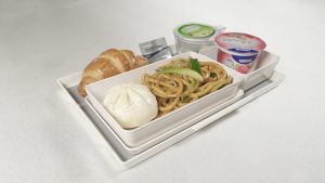 Hong Kong Airlines launches new economy class menu