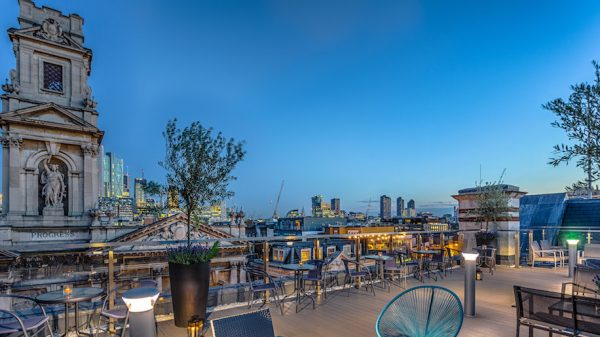 Rooftop bar Courthouse Hotel Shoreditch