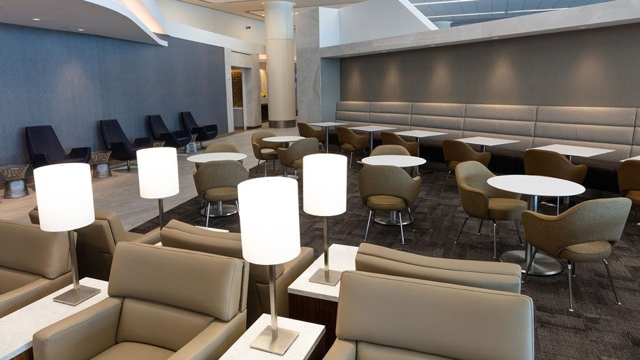 United unveils new Club lounge at New York LaGuardia airport