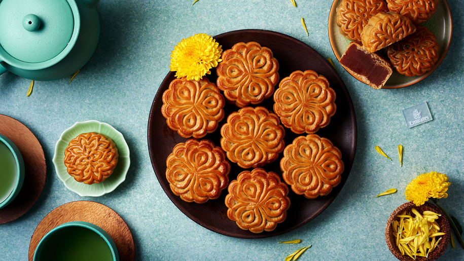 Emirates to serve mooncakes inflight for Mid-Autumn ...