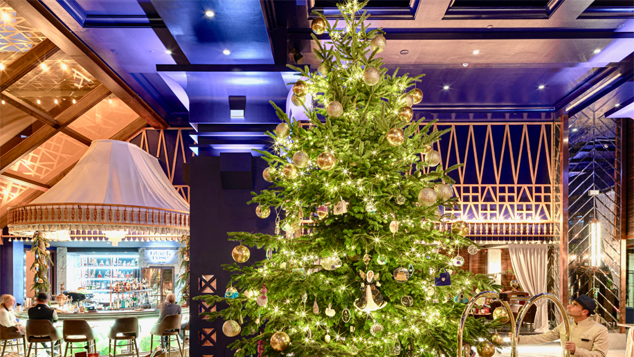 Kempinski hotel unveils £12m diamond-covered Christmas tree – Business Traveller