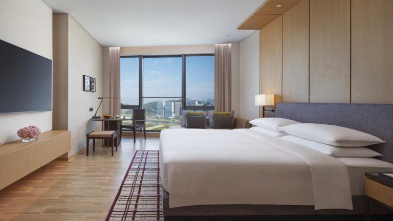 Hyatt Regency Hengqin - King Guestroom