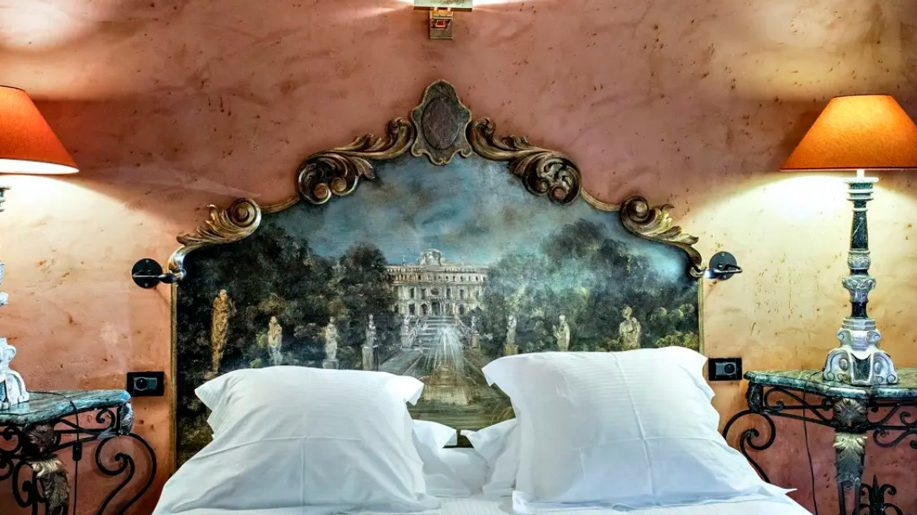 Lyon S Cour Des Loges Hotel To Join Radisson Collection Business