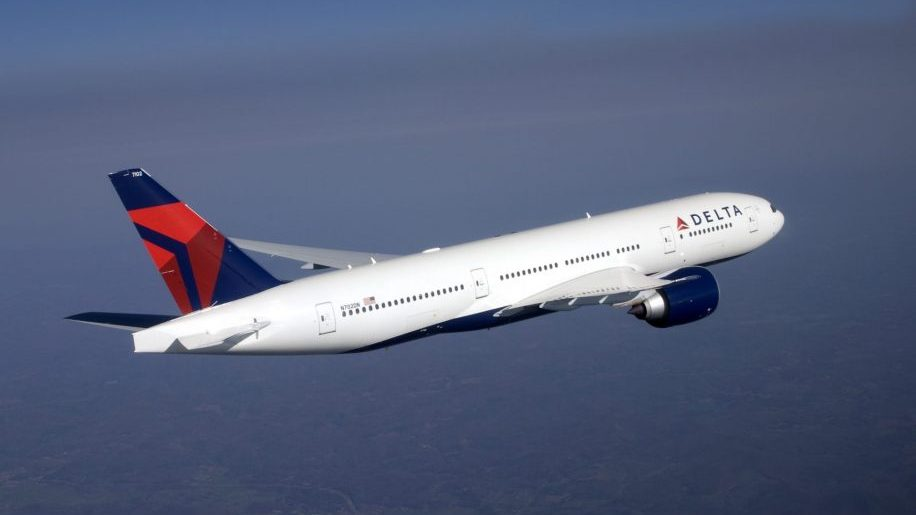 Delta will block middle seats until September 30 - business traveller