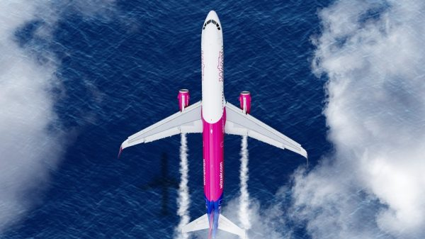 Wizz Air Offset cropped