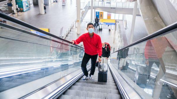 Heathrow, Terminal 2, Fly Safe