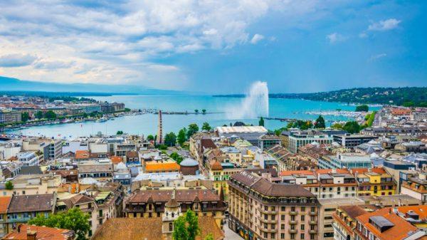 Aerial view of Geneva (istock.com/trabantos)