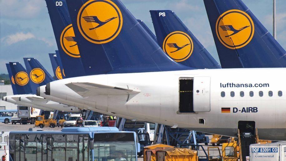 Lufthansa and air china form joint venture business traveller lufthansa aircraft at munich airport altavistaventures Gallery