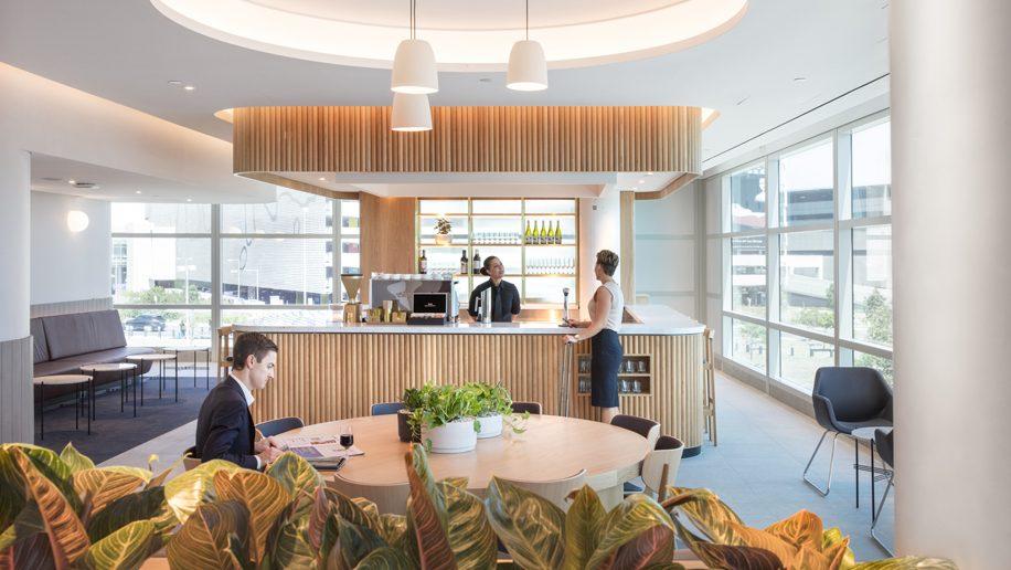 Wine Bar At Qantas Domestic Business Lounge Brisbane Airport