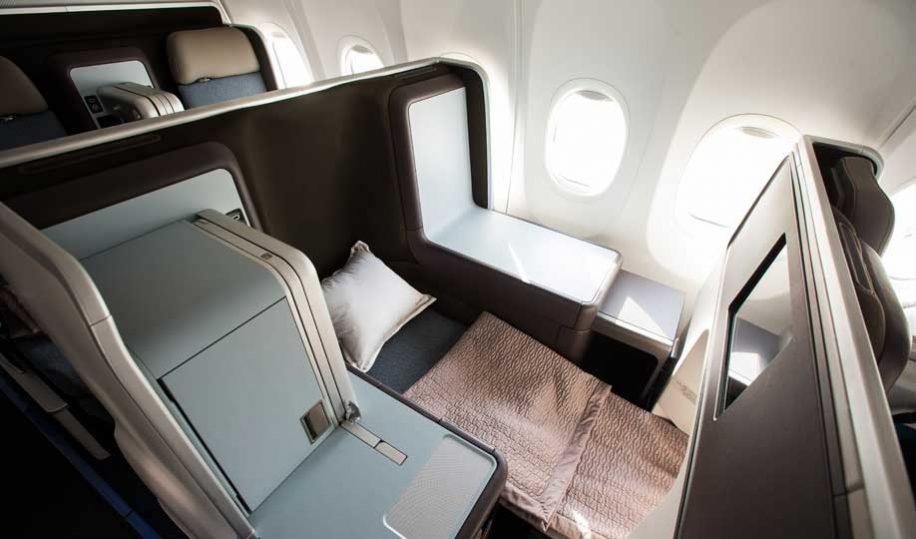 Flight Review Flydubai B737 Max Business Class Business