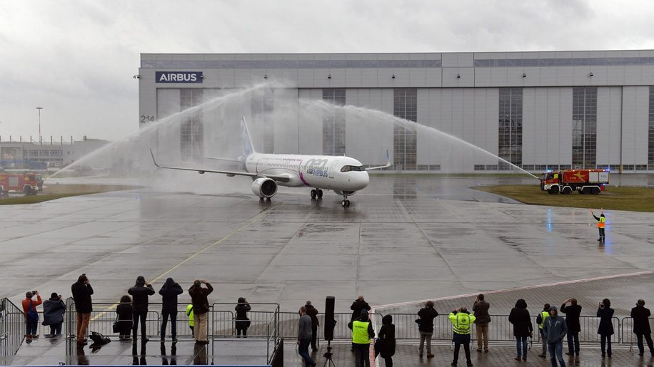 Airbus A321lr Takes Maiden Flight Business Traveller