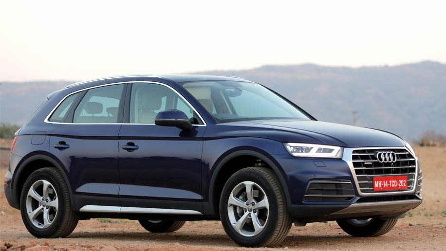 Checking out the new Audi Q5 2.0 (second generation)