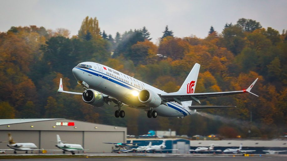Chinese airlines suspend Boeing 737 Max 8 flights following